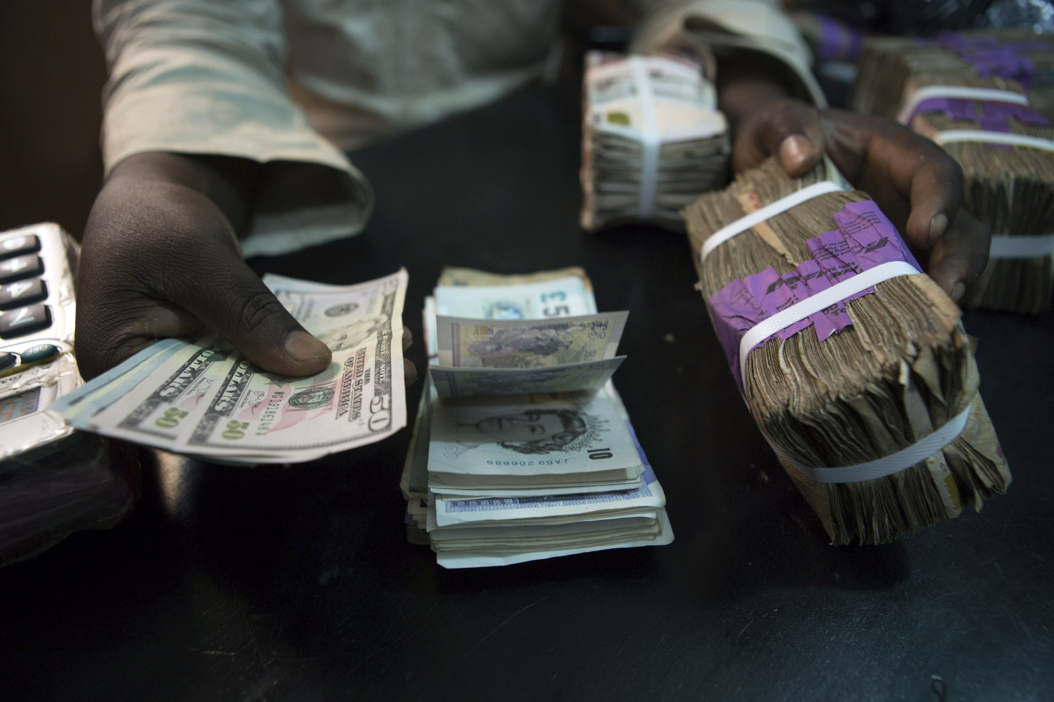 Expert Pegs Nigeria S Foreign Exchange Rate At N395 1 In 2019