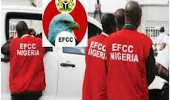 EFCC Recovers N798.5m from Suspected Fraudsters in Kano