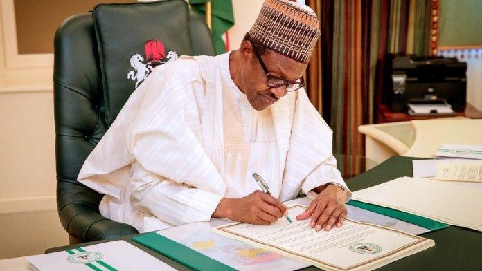 Account for $1bn ECA Security Fund, PDP Tells Buhari, APC