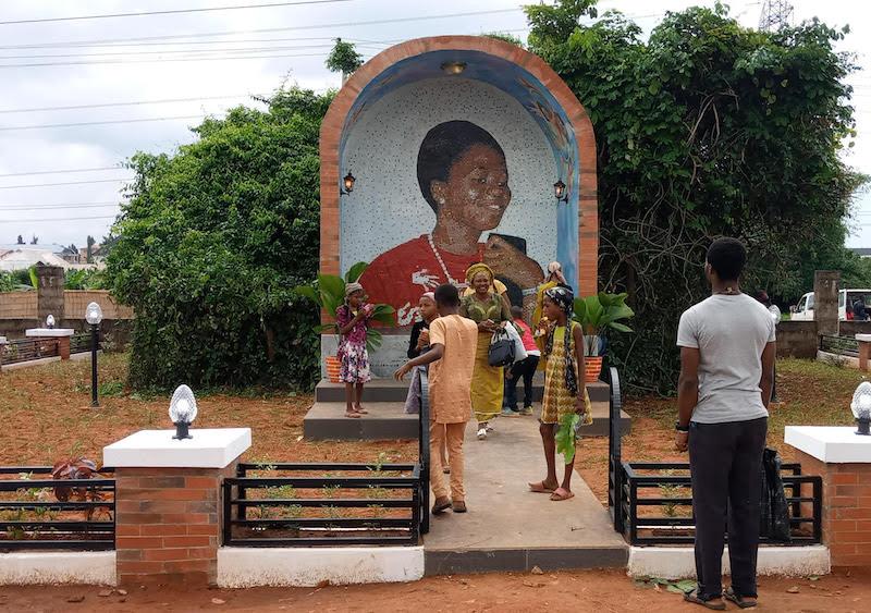 Brilliant Vivian Ogu A Heroine In Death Thisdaylive Evergreenethics Interior Chair Design Evergreenethicsorg