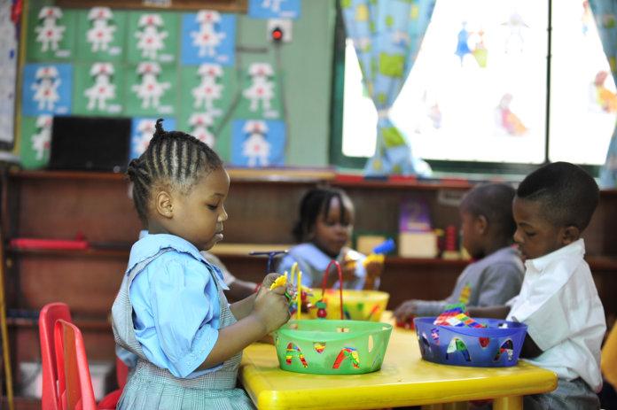 Mendefinisikan Montessori