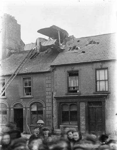 Aeroplane on roof at Barrack Street, Waterford | Thanks to o… |