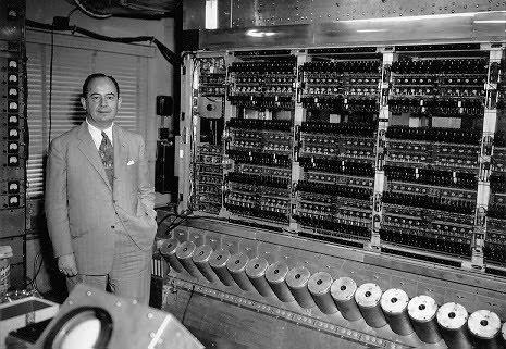 La ENIAC, unaputadora electrónica capaz de ejecutar 5.000 sumas por segundo - Te interesa saber