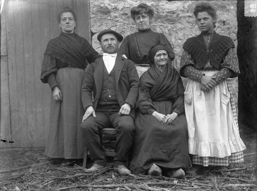 rural spain 1930s - Google Search | Blood Wedding | Vintage dance, Spain, Fashion