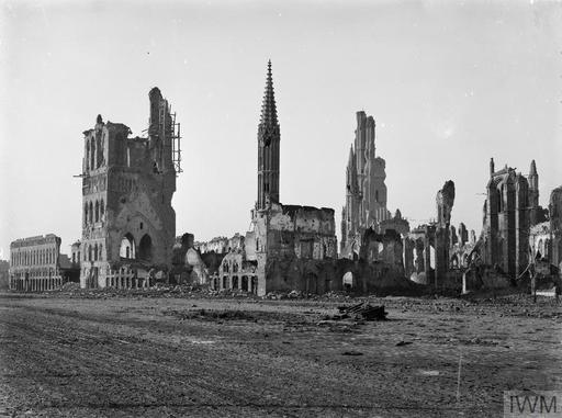 YPRES 1914 - 1918   Imperial War Museums
