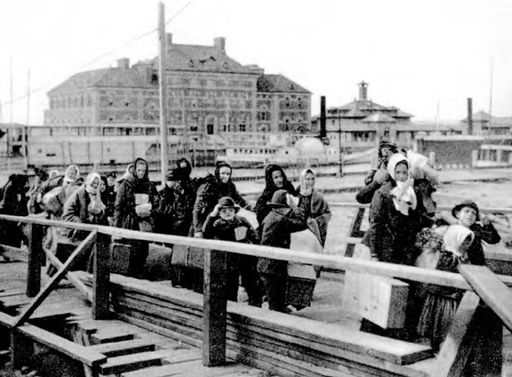 Vintage Photograph Shows European Immigrants Arriving on Ellis Island in 1902 | Viewing NYC