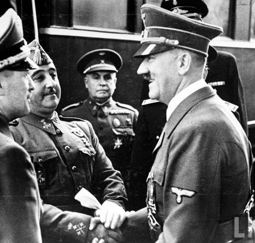 Der Führer, Adolf Hitler meet Francisco Franco in 1942   #Adolf #Hitler  