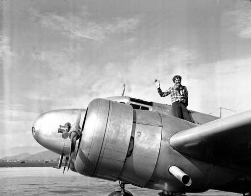 30 Vintage Photos of Famous Aviator Amelia Earhart in the 1920s and 1930s ~ vintage everyday