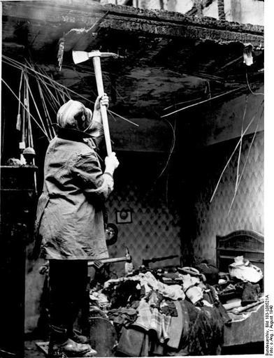 World War Two Daily: August 25, 1940: RAF Bombs Berlin