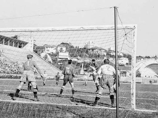 Old Photos of The 1950 FIFA World Cup in Brazil ~ vintage everyday