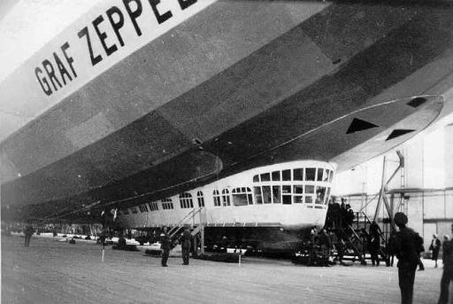 Graf Zeppelin, LZ127   vintage everyday