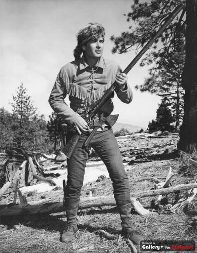 25+ best ideas about Fess parker on  | Davy crockett, Davy crockett alamo and Daniel ...