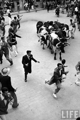 150 best Fotos Antiguas #Navarra images on  | Pamplona, Old pictures and Vintage posters