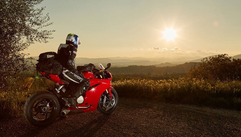 static-motorbike-sunset