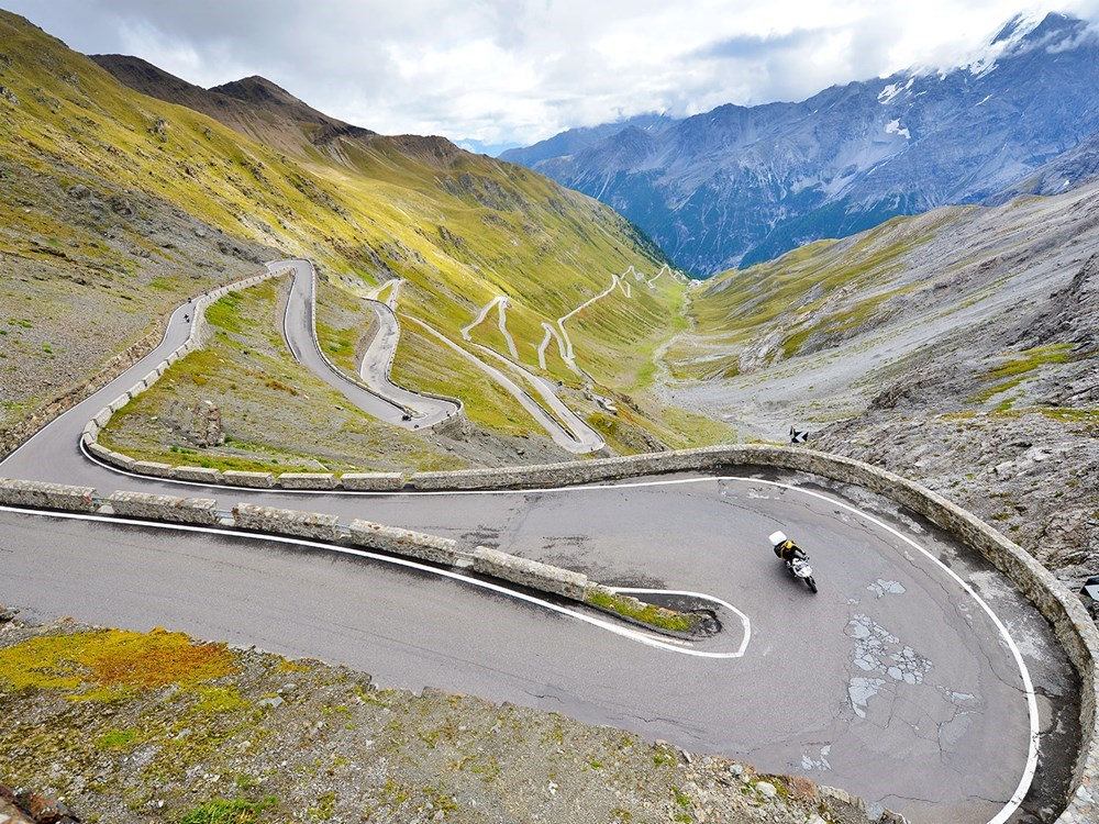 mountain-road-motorbike
