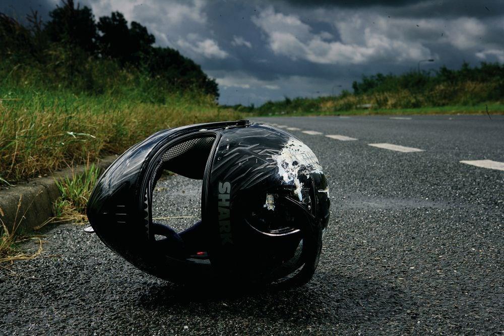 crashed-Shark-helmet
