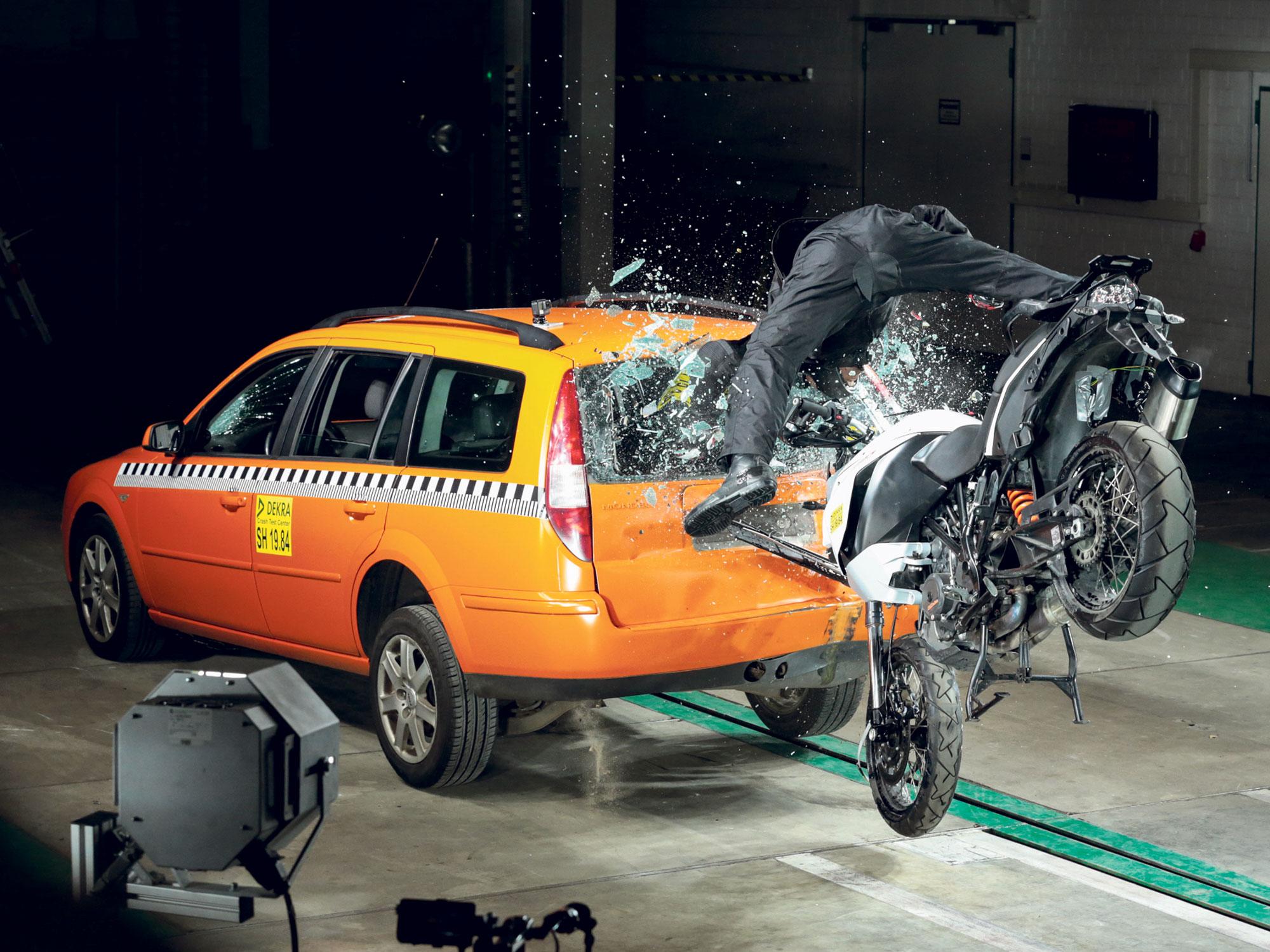 bike-crashing-into-car