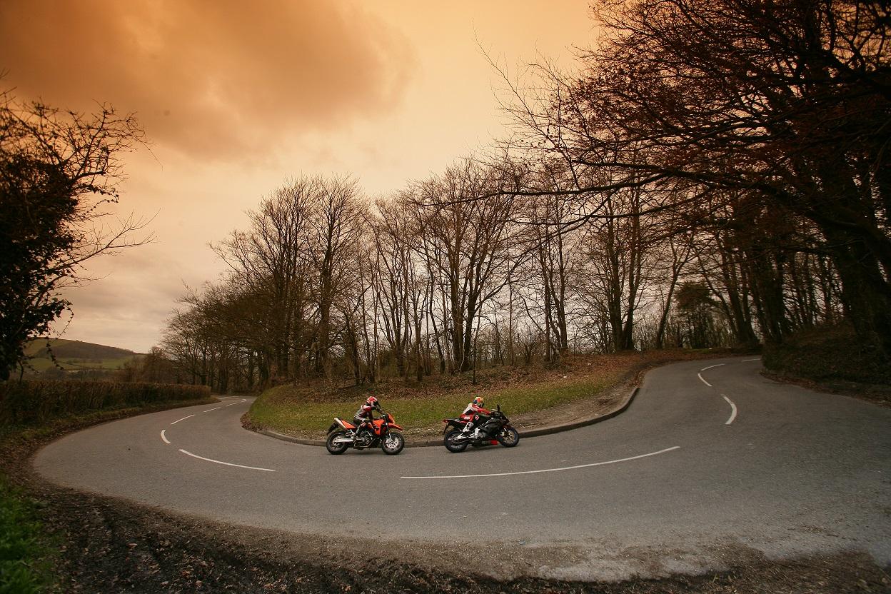 riding_motorbikes