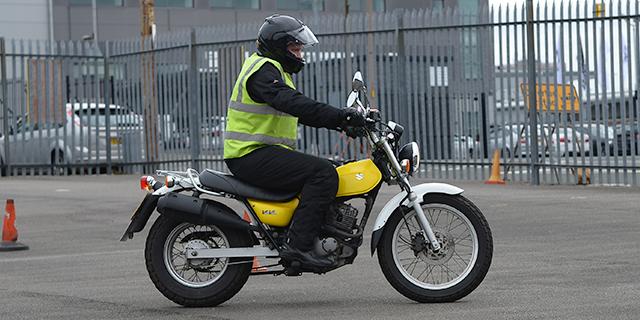 learner_on_motorbike