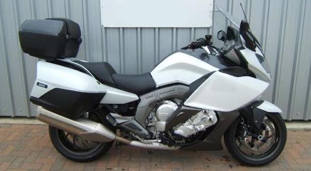 bmw-k1600-gt-bike-white