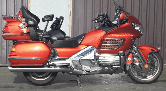 honda-gold-wing-gl1800-bike-