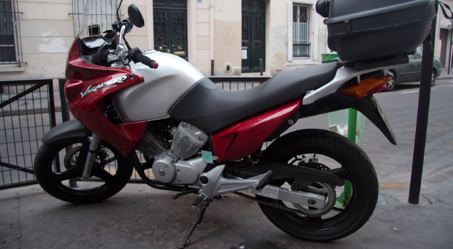 honda-xl125-varadero-red-silver-bike