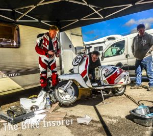Scooters and Classics at Mallory Park - 0015