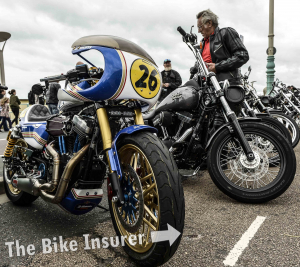 The Ace Cafe Brighton Burnout 2016 - 0001