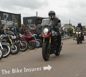 The Ace Cafe Brighton Burnout 2016 - 0017