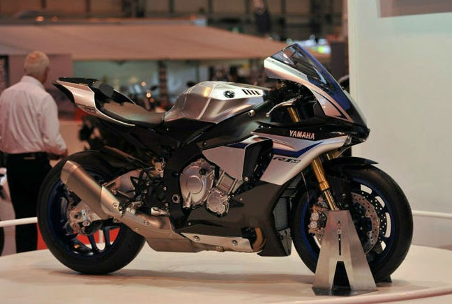 Yamaha YZF-R1M - Featured image