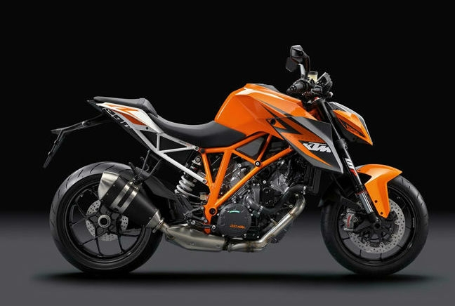 KTM 1290 Super Duke R - Featured image