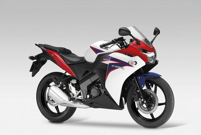 Honda CBR 125 R - Featured image