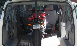 How to load and transport your motorbike