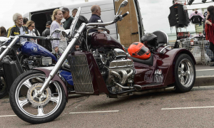 The Ace Cafe Brighton Burnout 2016