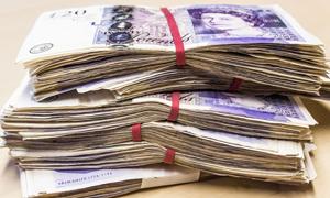 Do women pay less than men for motorbike insurance?