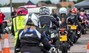 VIDEO: World's biggest all-female bike meet