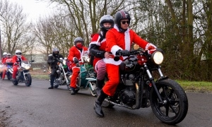 Hundreds turn out for Cambridge Toy Run