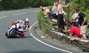 Hickman takes debut Isle of Man TT race win