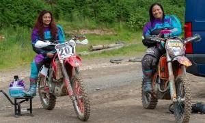 Nimi & Sherrie go Enduro