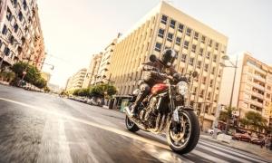 Kawasaki Z900RS 2018 review