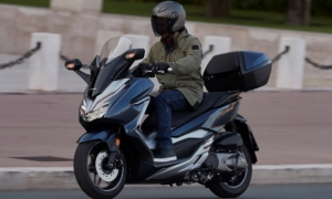 Honda Forza 300 scooter review