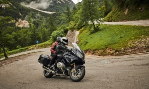 BMW R1250RT review