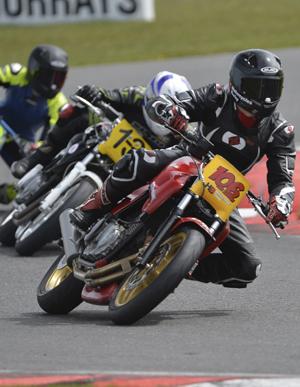 uk racing scene at snetterton