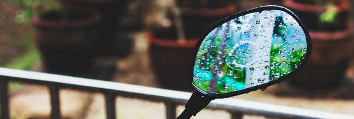 moped mirror in the rain 700px