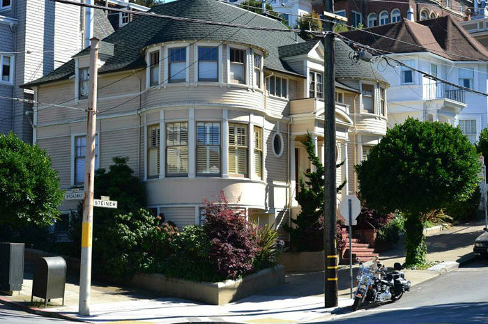 Mrs Doubtfire's house in San Francisco