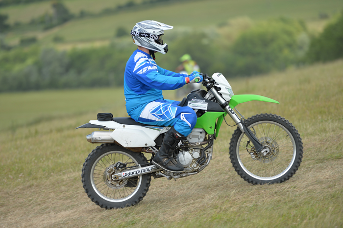 Novice-rider-off-road-at-the-MORE-event-run-by-MCIA-in-Wiltshire-700px