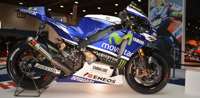 Valentino Rossi's 2014 YZF-M1 MotoGP bike ondisplay at MCN London Show 2015 700px
