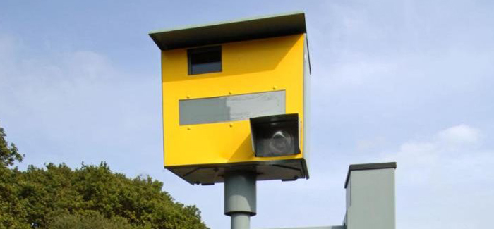 speed-camera-on-the-road-in-the-uk-header