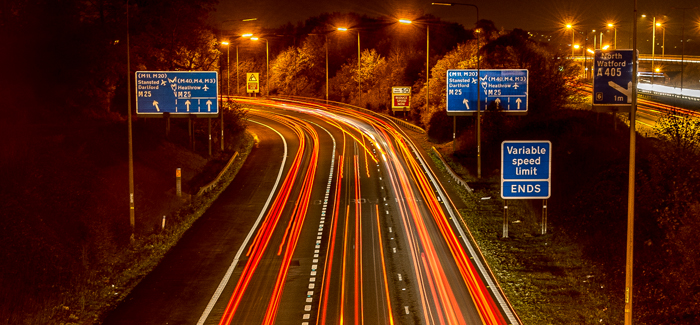 m10-at-night-with-variable-speed-limit-signs-header