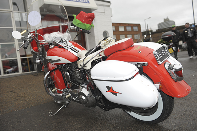 the-bike-insurer-decorate-your-bike-for-christmas-1